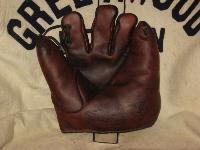 1922 Bill Doak Glove